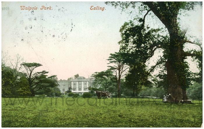 Postcard front: Walpole Park. Ealing.