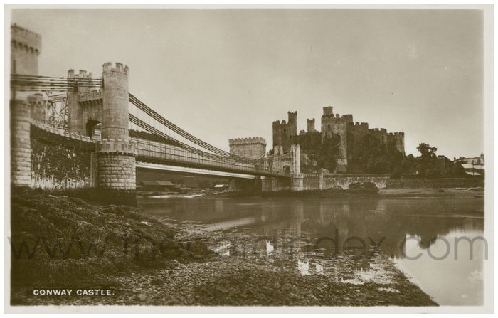 Postcard front: Conway Castle.