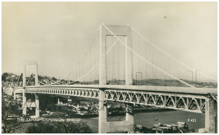 Postcard front: The Tamar Suspension Bridge