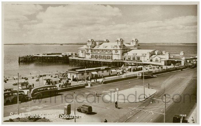 Postcard front: South Parade Pier, Southsea