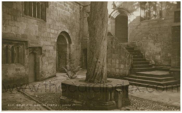 Postcard front: Courtyard. Skipton Castle.