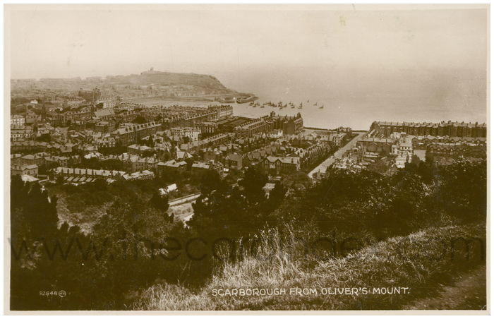 Postcard front: Scarborough From Oliver's Mount.