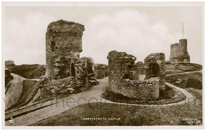 Postcard front: Aberystwyth Castle
