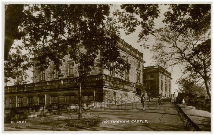 Postcard front: Nottingham Castle
