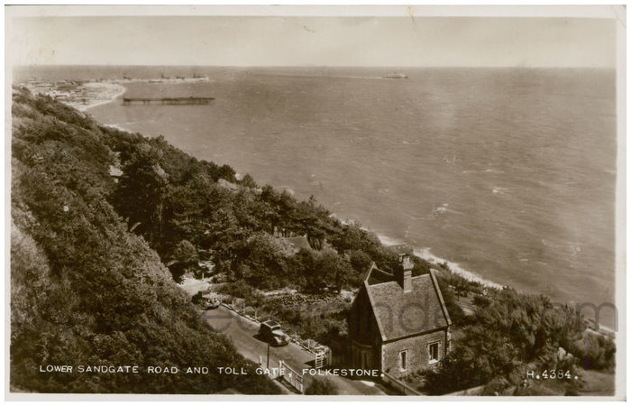 Postcard front: Lower Sandgate Road And Toll Gate, Folkestone.