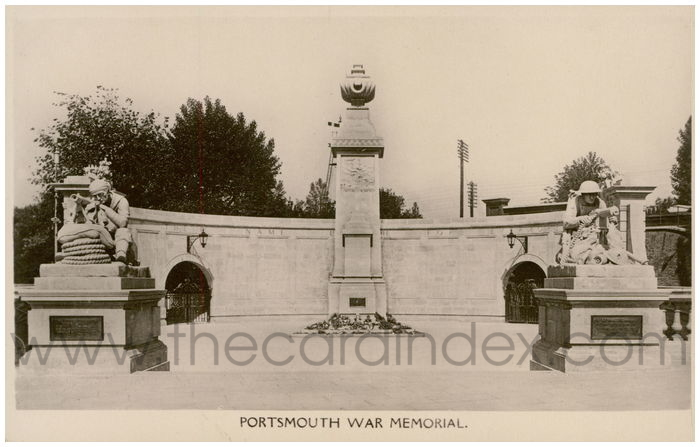 Postcard front: Portsmouth War Memorial