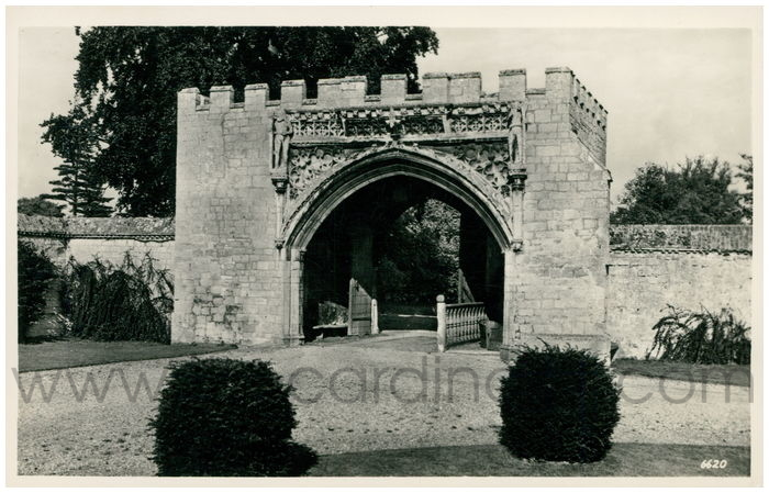 Postcard front: The Gatehouse, Hinchingbrooke. Removed by Sir Henry Cromwell 1546-1603 from Romsey Abbey.