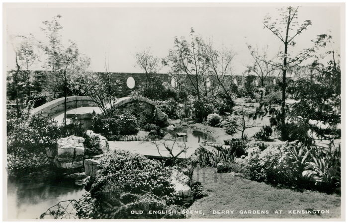 Postcard front: Old English Scene, Derry Gardens at Kensington.