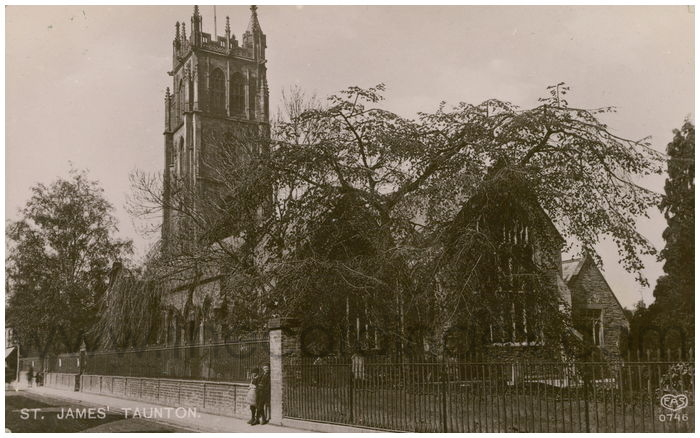 Postcard front: St. James' Taunton.