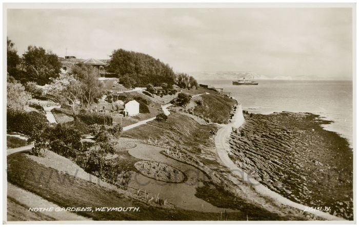 Postcard front: Nothe Gardens, Weymouth.