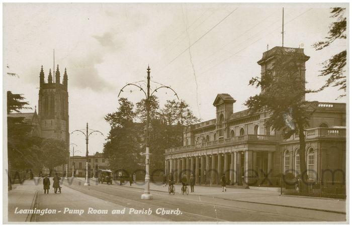 Postcard front: Leamington - Pump Room and Parish Church.