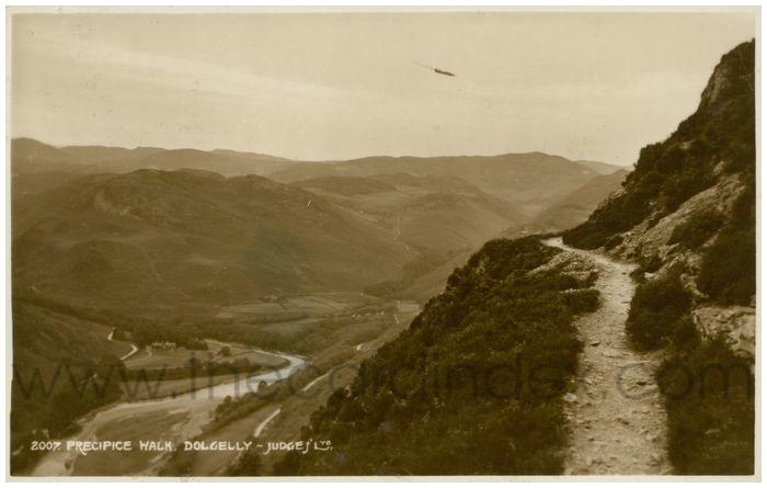 Postcard front: Precipice Walk. Dolgelly