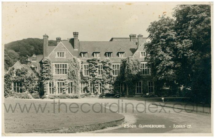 Postcard front: Glyndebourne