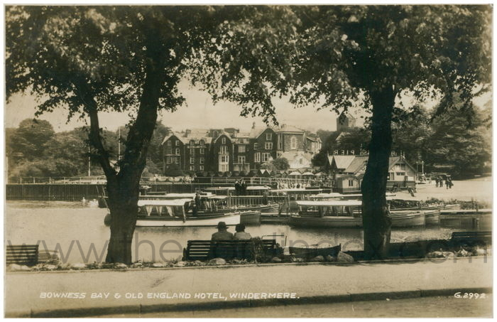 Postcard front: Bowness Bay & Old England Hotel, Windermere.
