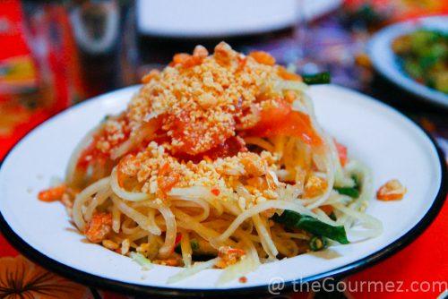 Hdwker Fare Papaya Salad