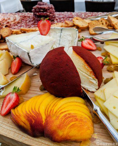 sens restaurant, cheese