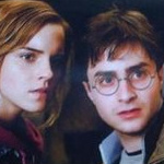 Harry_hermione_mirror_shard