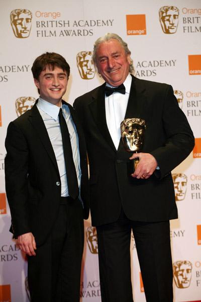 Movies_awards_bafta2008_radcliffe_012