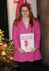 Thumb_events_2010_legallyblondegalaperformance_01