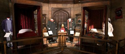 Normal_fans_events_hpexhibit_007