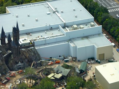 Normal_fans_harrypotterthemepark_construction_776
