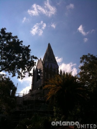Normal_fans_harrypotterthemepark_construction_044
