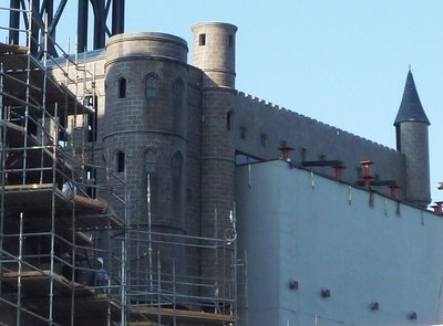 Normal_fans_harrypotterthemepark_construction_064