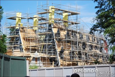 Normal_fans_harrypotterthemepark_construction_166