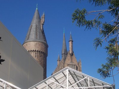 Normal_fans_harrypotterthemepark_construction_334