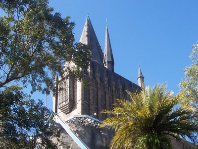 Normal_fans_harrypotterthemepark_construction_361