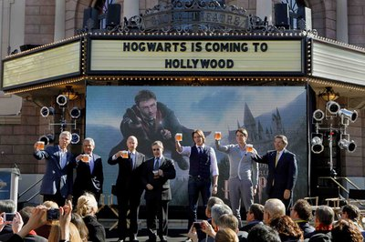 Normal_fans_wwohp_hollywood_announcement_001