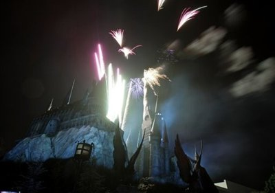 Normal_wwohp_opening_celebritypreview_079