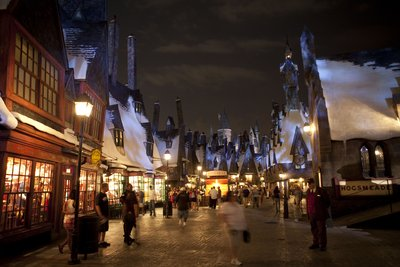 Normal_fans_wwohp_highres_052
