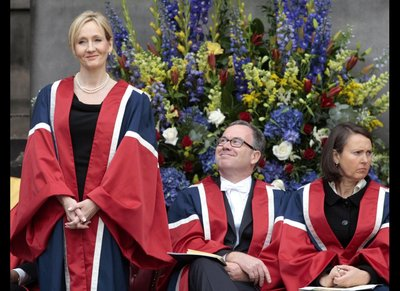 Normal_rowling_appearances_2011_universityofedinburgh_0003