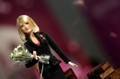 Normal_jkr_misc_barbiedoll_01