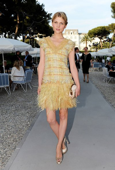 Normal_poesy_appearances_chanel_croisiereshow_001