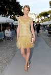 Thumb_poesy_appearances_chanel_croisiereshow_001