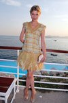 Thumb_poesy_appearances_chanel_croisiereshow_014