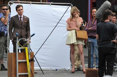 Normal_posey_tv_gossipgirl_onset_024