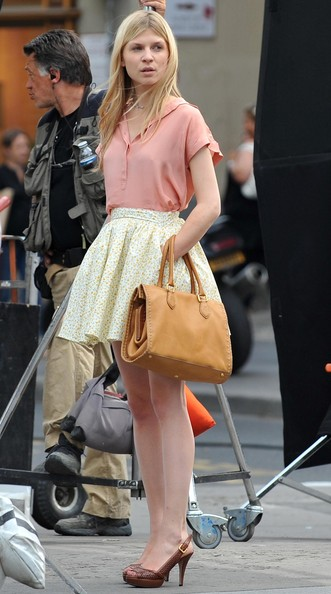 Posey_tv_gossipgirl_onset_020
