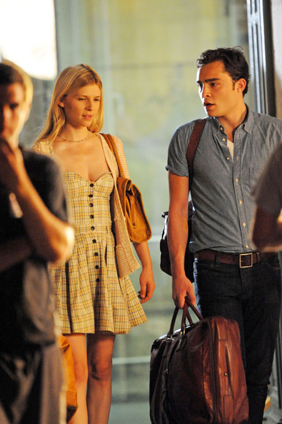 Posey_tv_gossipgirl_onset_040