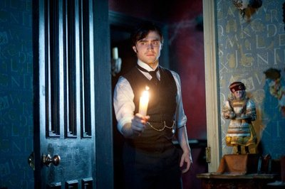 Normal_radcliffe_films_womaninblack_011