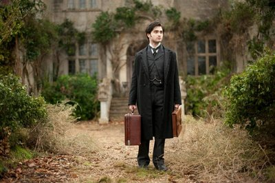 Normal_radcliffe_films_womaninblack_017