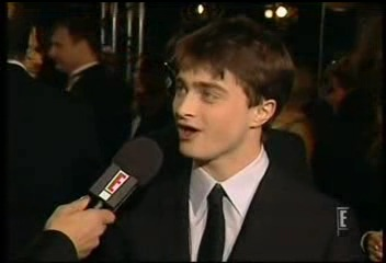 Radcliffe_interviews_baftas08redcarpet_054