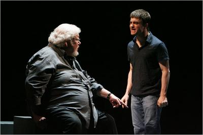 Normal_radcliffe_theatre_equus2008_02