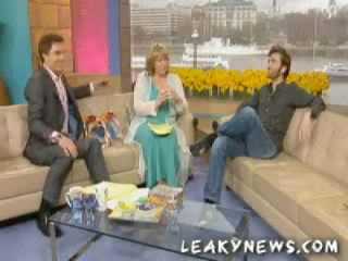 Tennant_interviews_thismorning2006_0840