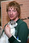 Thumb_dhgleeson_appearances_broadwaybarks8_01