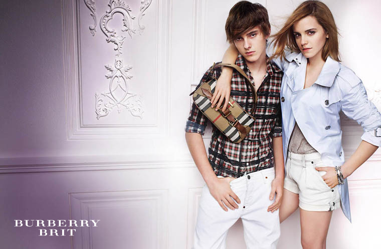 Watson_posed_burberry2010_03