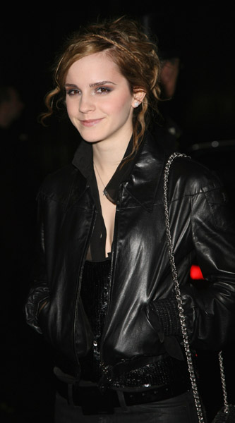 Actors_appearances_watson_chanelwintercollection_008