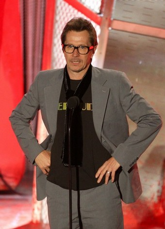 Oldman_appearances_screamawards08_04